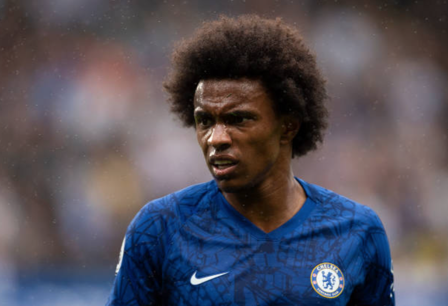 Maurizio Sarri interested in Chelsea's Willian